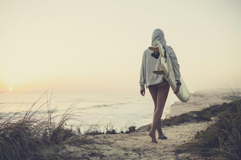 beneficios de hacer surf